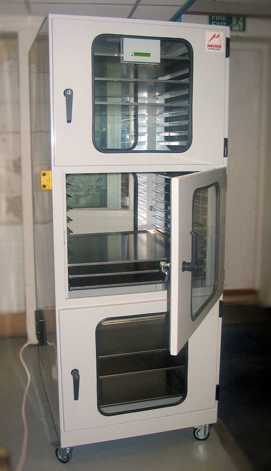 AD-305 Drying Cabinet